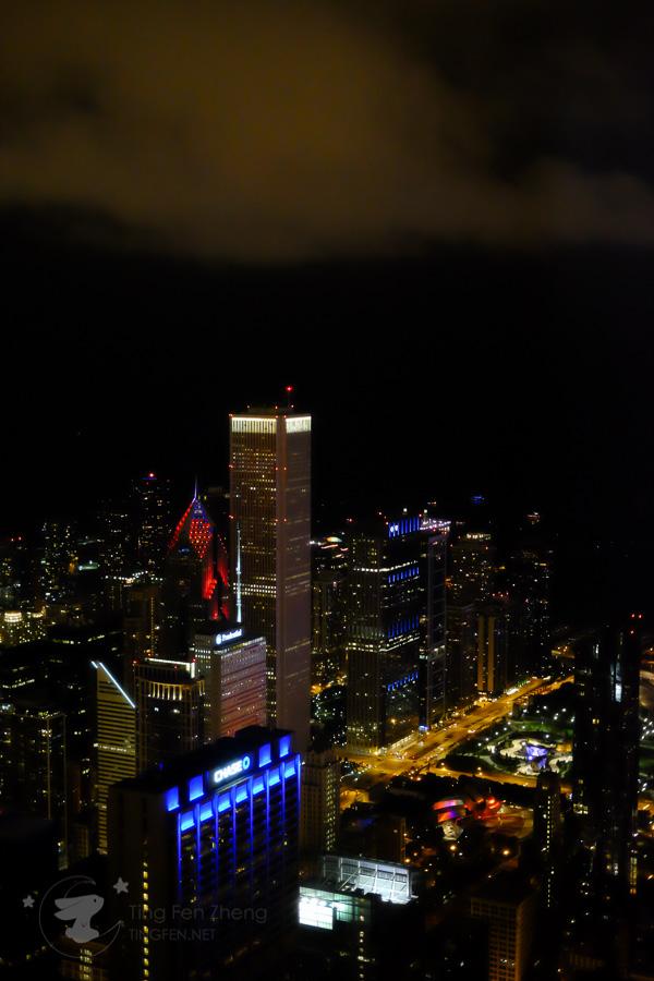 sears tower night - ting fen zheng